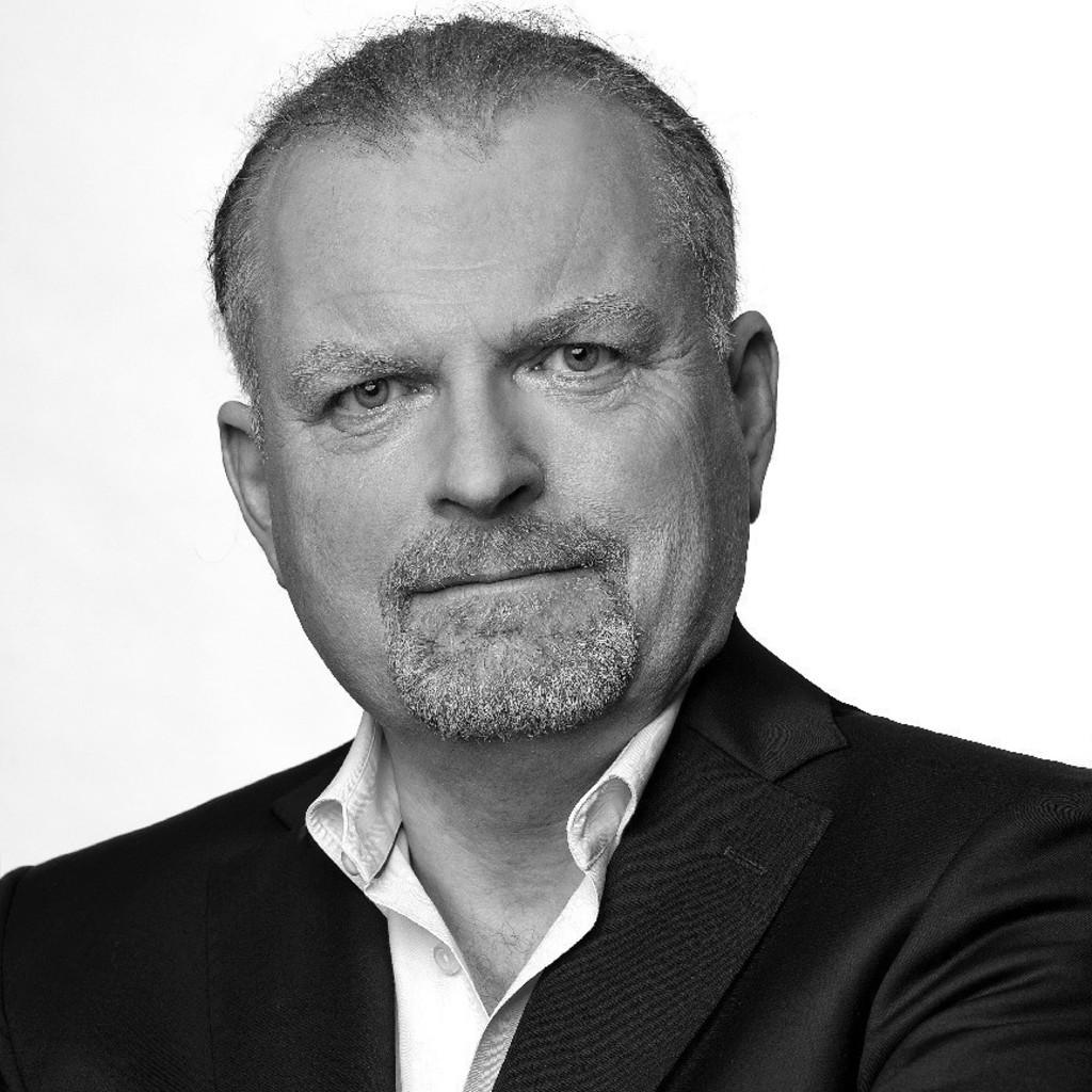 Dr. Hans-<b>Günter Lindner</b> - Professor - TH Köln   XING - hans-g%C3%BCnter-lindner-foto.1024x1024