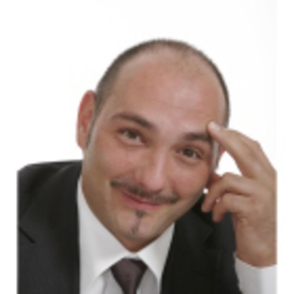 Riccardo De