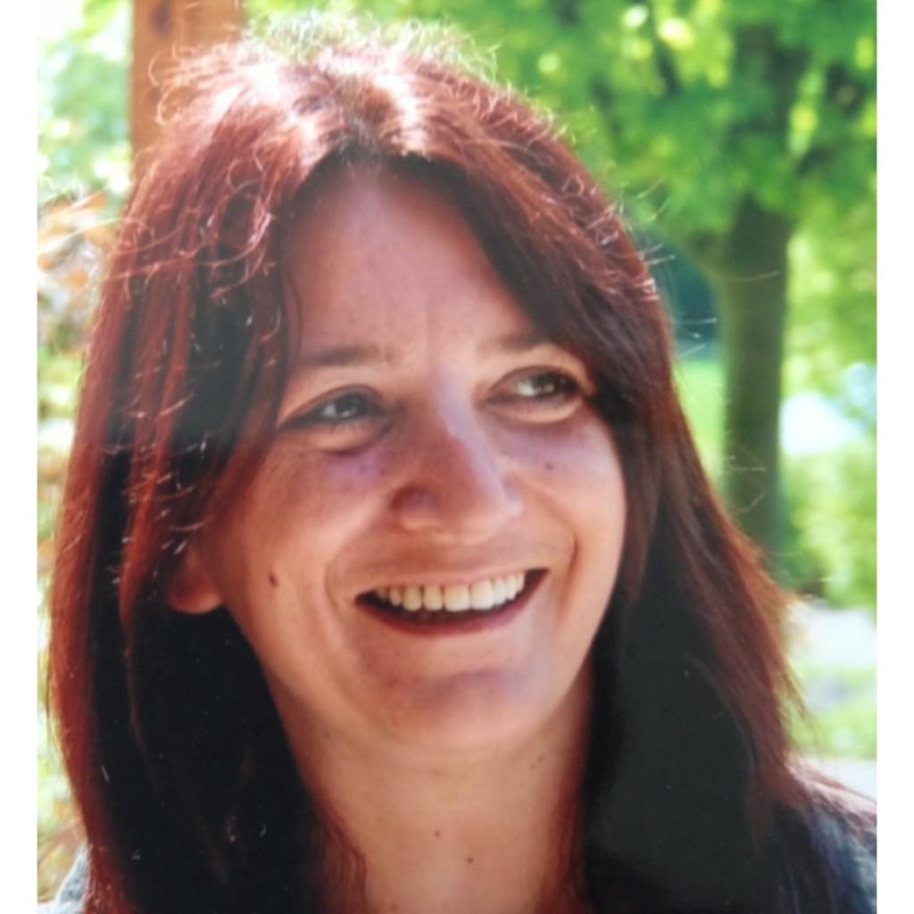 Gudrun Zeller Personalleiterin Möbel As Handels Gmbh Xing