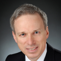 Dr. Frank Nassauer
