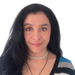 Dr. Paula Molina