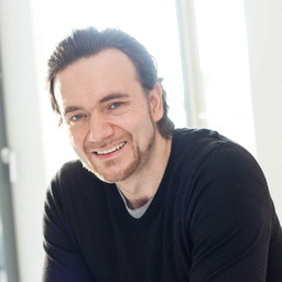 Stefan Epler - LEWIS Communications GmbH - Düsseldorf