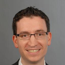 Prof. Dr. Stefan Wind