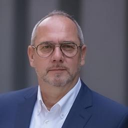 Dipl.-Ing. Guido Schöpker - Schmitz Cargobull Van Bodies GmbH & Co. KG - Berlin