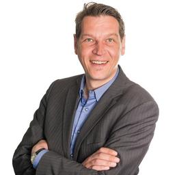 Daniel Lütolf - Luzerner Kantonalbank AG - Luzern