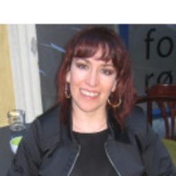 Lizbeth Velez - Charmed-Places.com / Skjetlein Consulting AS - Oslo