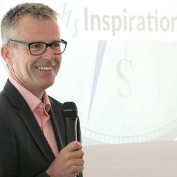 Prof. Dr. Mathias Groß - Leuphana Universität Lüneburg, Institut für Wirtschaftsinformatik - Lüneburg