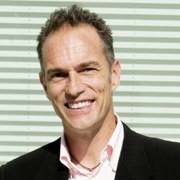 Christian Kleiner - marketinghub AG   enables marketing performance - Reinach/BL