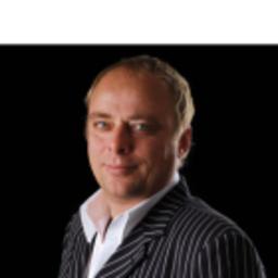 Hans Schmengler - maxmedia gmbh - Agentur für Produktkommunikation - Montabaur