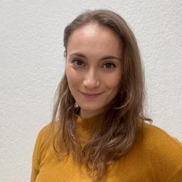 Nadja Akkaynak's profile picture
