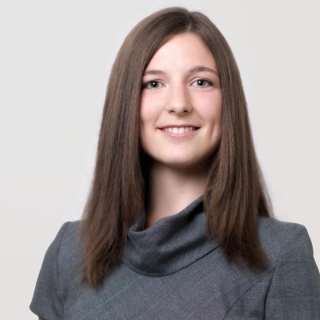 Julia Moll's profile picture