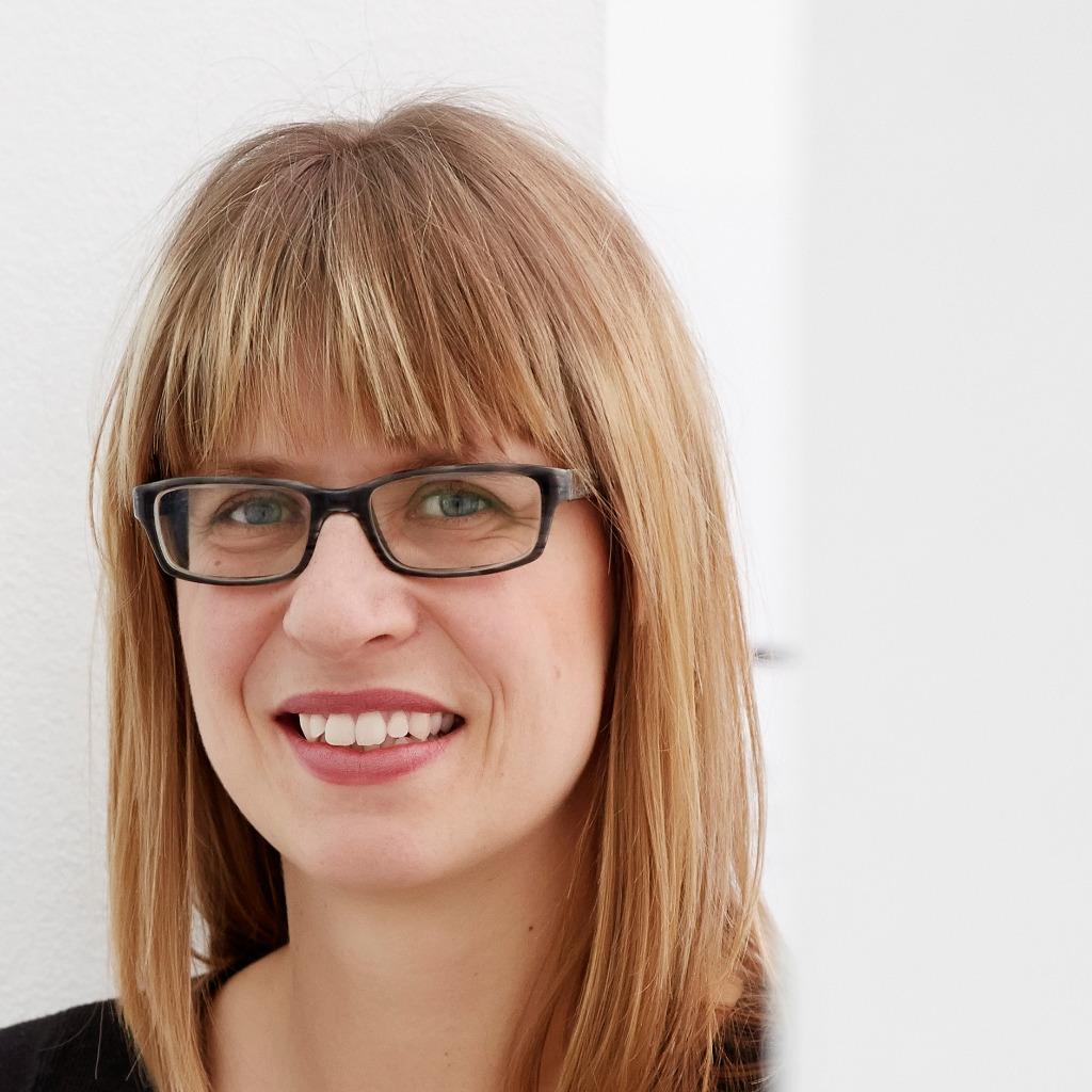 Anna charlotte scheuermann presse und for Design office xing