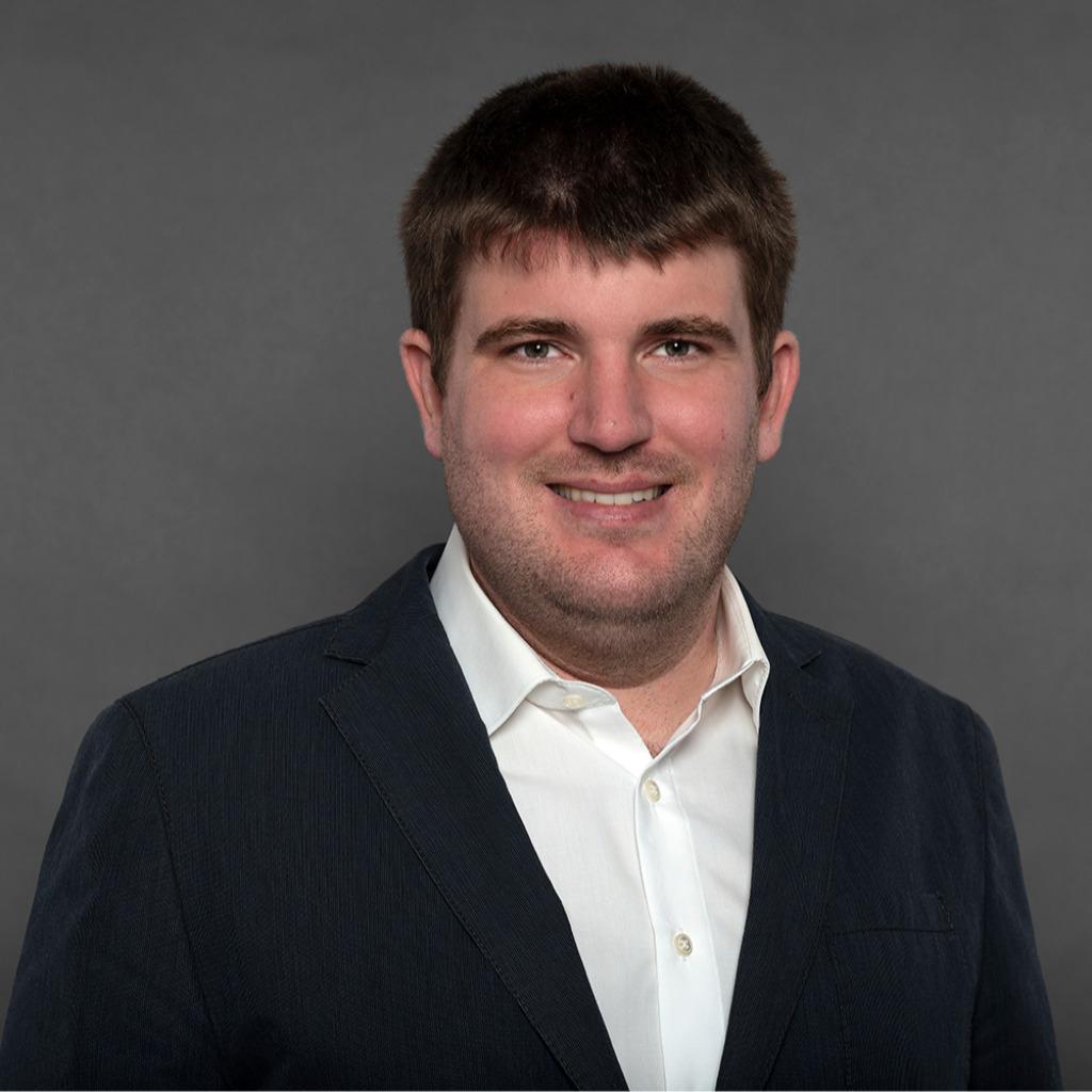 Daniel wernsmann ingenieur produktionstechnik hengst for Ingenieur fertigungstechnik