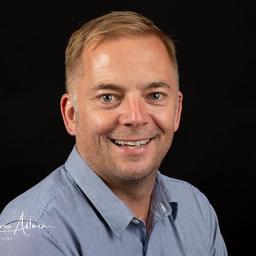 Jeffrey Archer's profile picture