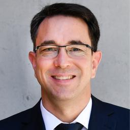 Dr. Mattias Dolder