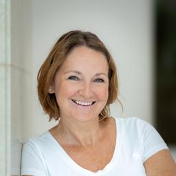 Mag. Alexandra Griesmeier - RAINER Kraftfahrzeughandels AG - Wien