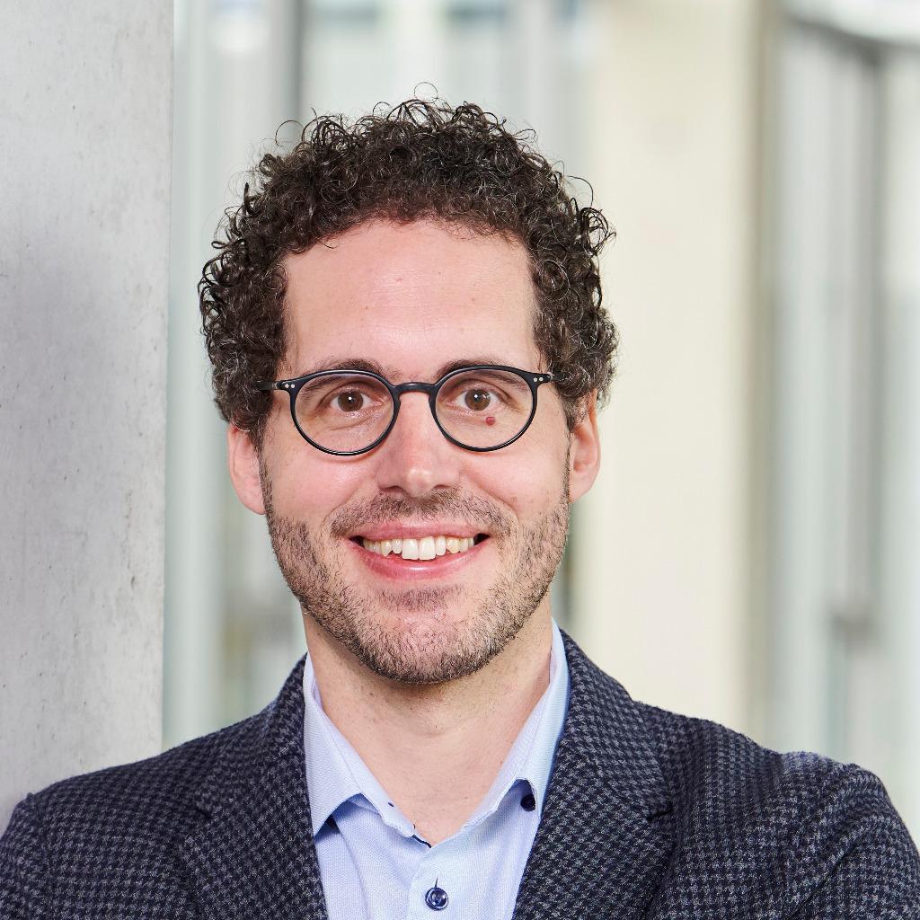 Dr manfred walser juristischer referent externe for Juristischer mitarbeiter