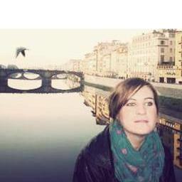 Paola Flores's profile picture