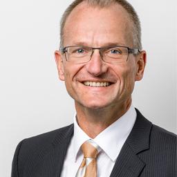 Johannes Hennekeuser - Senior IT Manager & Keynote Speaker - Greifensee