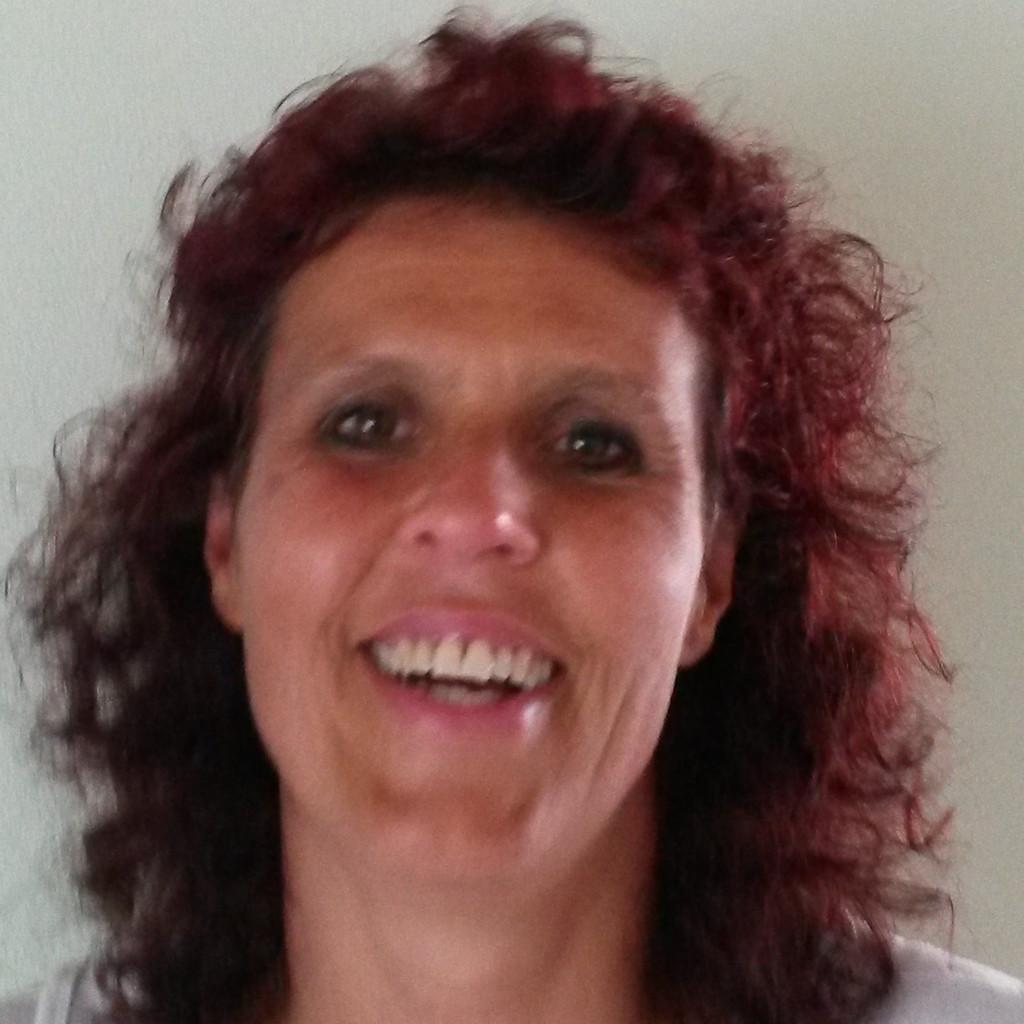 Christine Schnell