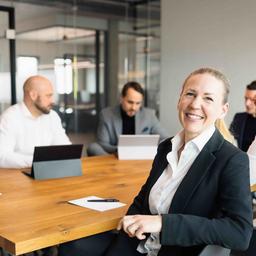 Stefanie Szisch - VIVEST Immobilien Gruppe - Berlin