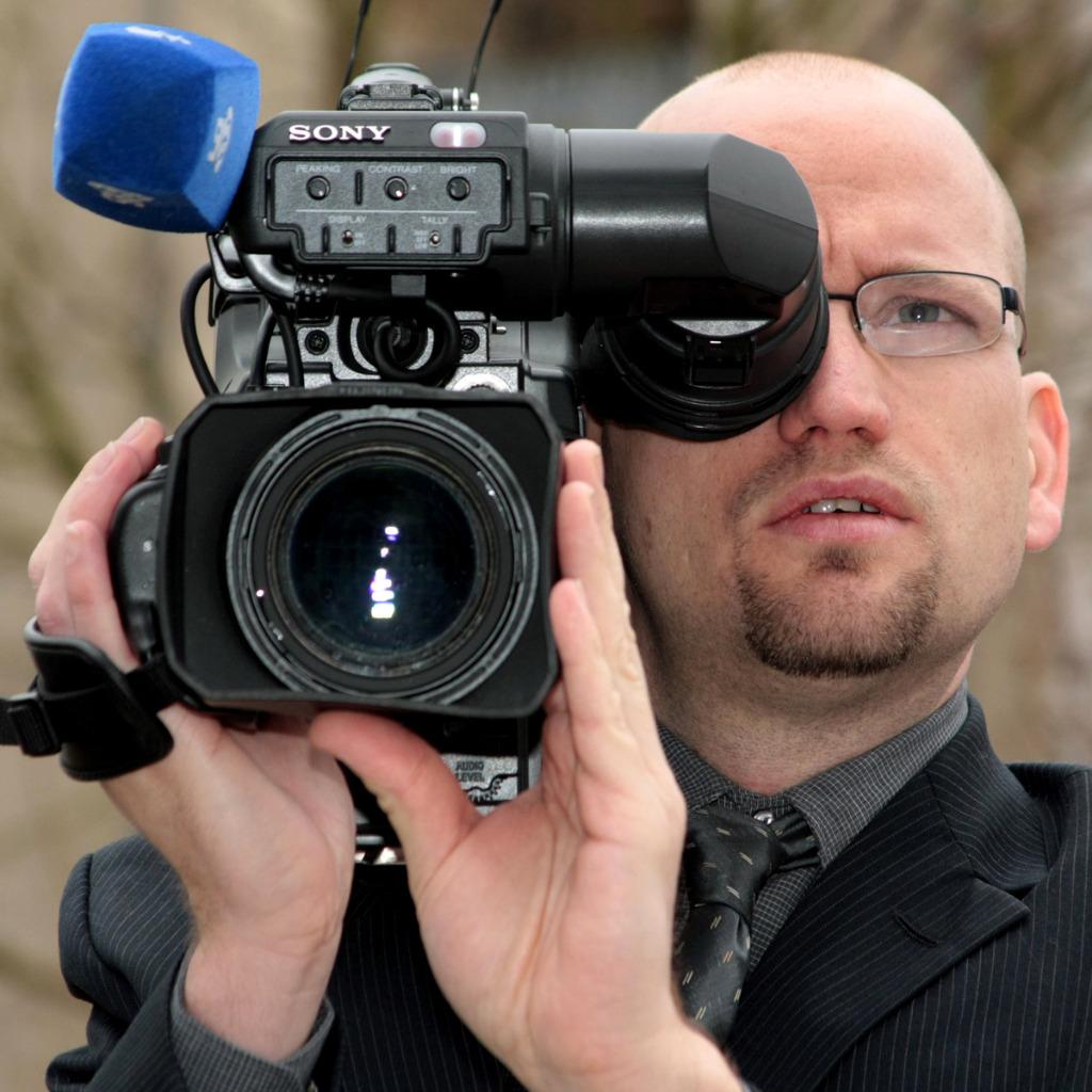 Michael Bergemann Video Producer Social Media Team Höffner