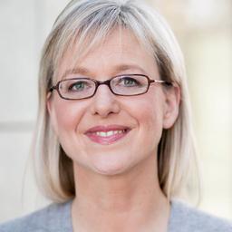 Nicola Leffelsend - GRAUROSAROT - Agentur für Kommunikation - Bochum
