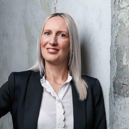 Shana Schäfer - AviaFund Solution Services GmbH - Hamburg