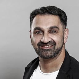 Ziyad Hayat's profile picture