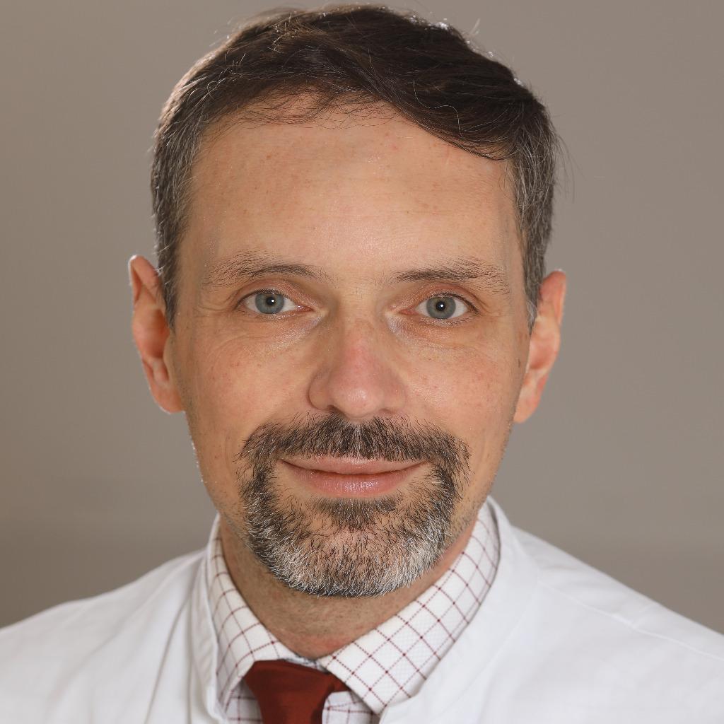 Priv -Doz  Dr  med  Christian Arsov - Oberarzt