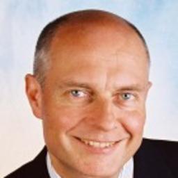 Prof. Dr. Bernhard Hauser - bhcg.impact.network - Ihre Experten für Führung und Veränderung - München