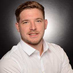 Julian Fackler's profile picture