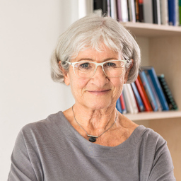 Dr. Ruth Seliger