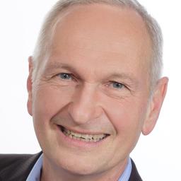 Dipl.-Ing. Alexander Zoll - Zoll & Partner Unternehmensberatung - 28 Jahre Personal für Medizintechnik - Glattbach
