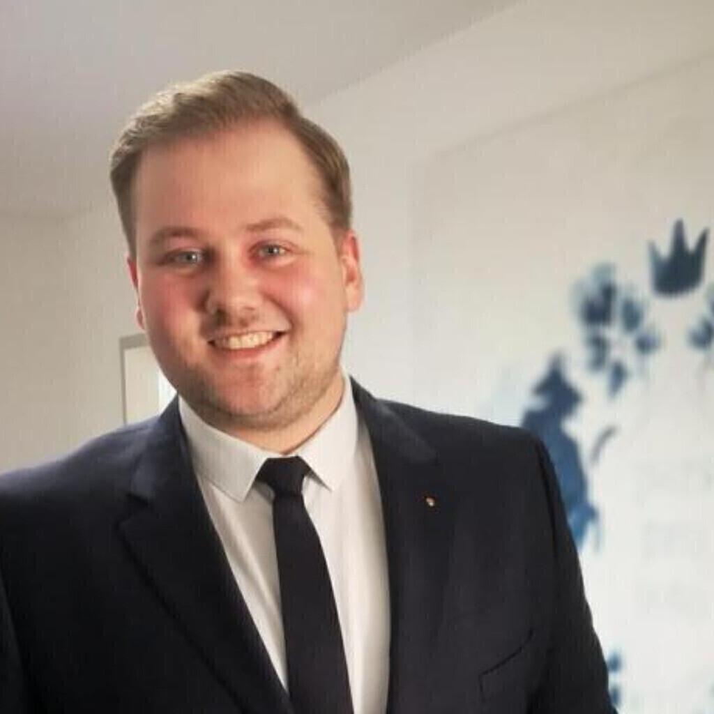 Nils Adamek's profile picture