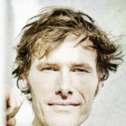 Levi Harrison - Professioneller Sprecher (native speaker) mit eigenem Studio - Stuttgart