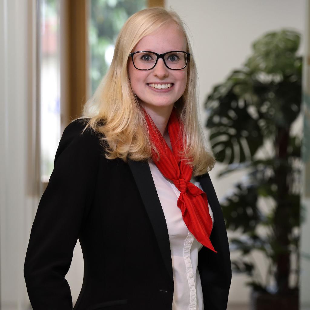Reiser Fliesen Naturstein Bad Saulgau : Julia Pürro - Kundenberaterin - Raiffeisenbank Willisau  XING