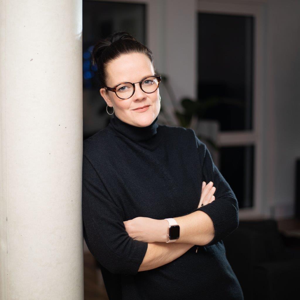 Johanna Stücker - Assistentin der Geschäftsleitung - Febrü Büromöbel ...
