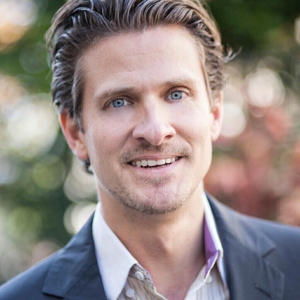 Alexander Thomas's profile picture