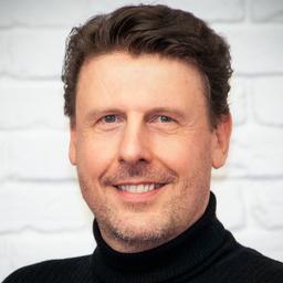 Martin Eckert - DINQX.media GmbH & Co. KG - Leonberg/Stuttgart