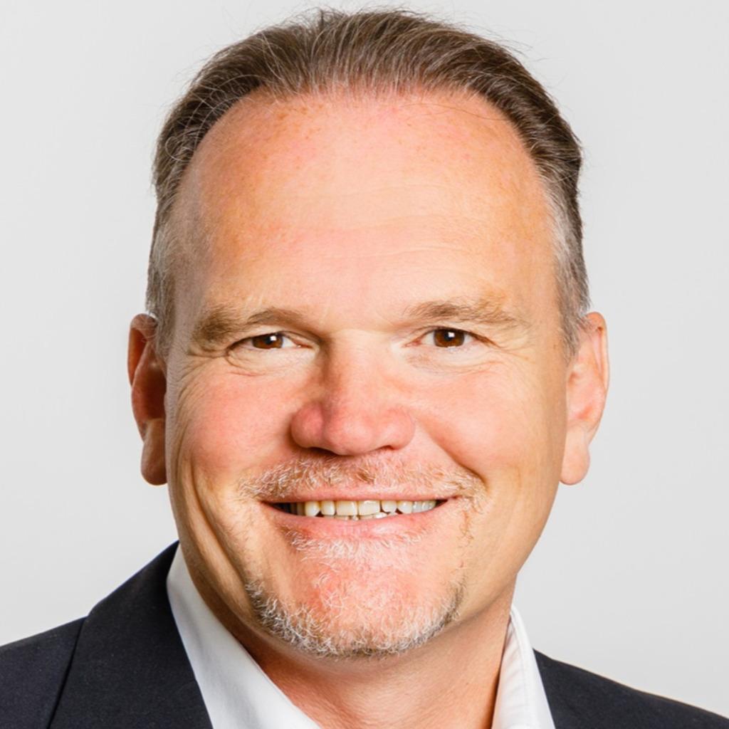 <b>Frederik von der Heyden</b> - Vertrieb &amp; Kundenbetreuung - PC CADDIE Service ... - markus-leutenegger-foto.1024x1024