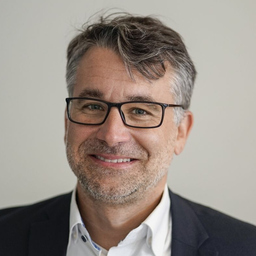 Olaf Herr - Bachmann GmbH & Co. KG - Stuttgart