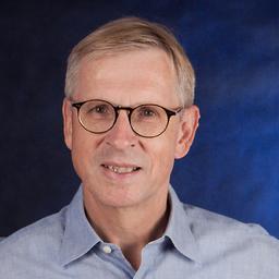 Dr. Christian Holst