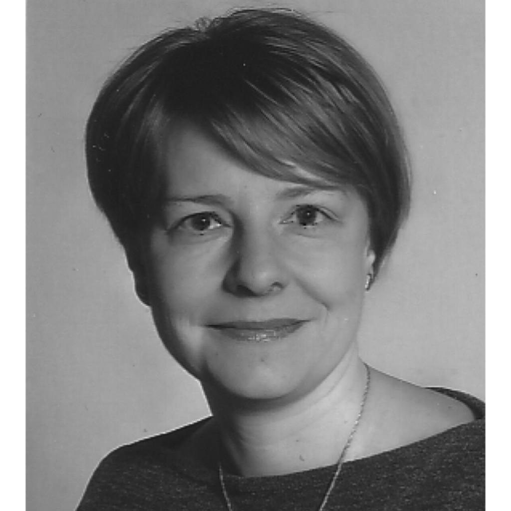 Dr Kerstin Kupperbusch Pressesprecherin Landkreis Saalekreis Xing