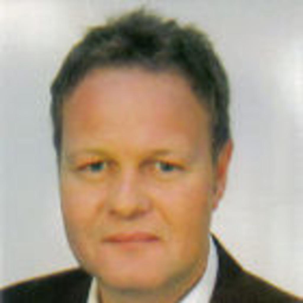 Jochen Dech - Vertriebsleiter - Selbständig   XING