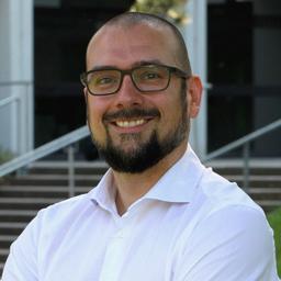 Dr. Marcel Bücker