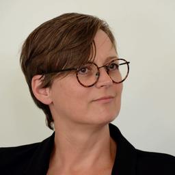 Daniela matha gesch ftsf hrerin immobilien stadtwerke for Immobilien offenbach