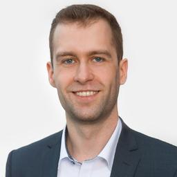 Jonathan Petersen - MHP – A Porsche Company - Hamburg