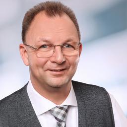 Christian Heuser - Diplom-Kaufmann Christian Heuser e. K., PLANSECUR, - Die Finanzplaner. - Düsseldorf, aber bundesweit tätig; (p) Burscheid