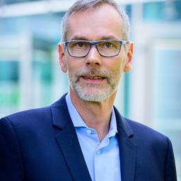 Dr. Everhard von Groote